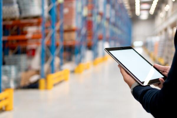 Effects of E-commerce: Warehouses are now adopting modern technologies to increase efficiency