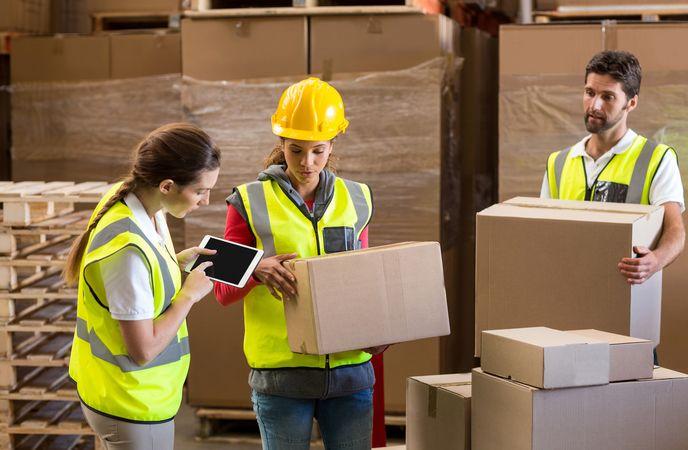 Benefits of Reverse Logistics Management - Minimized Business Risks