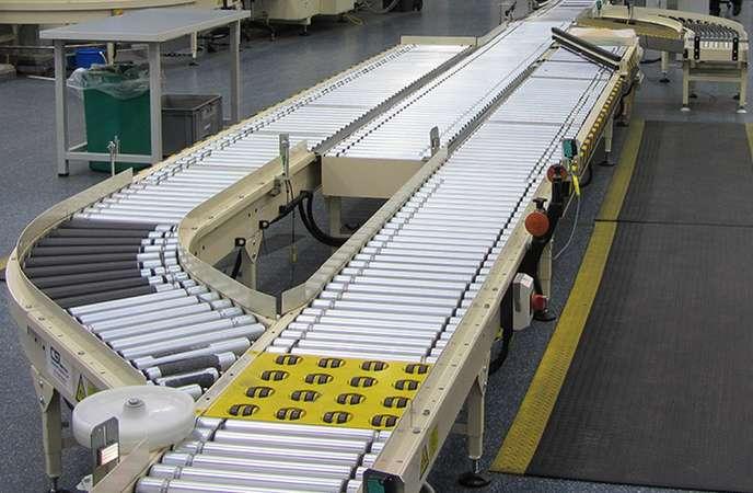 Warehouse Management Mistakes - Conveyor Diverter