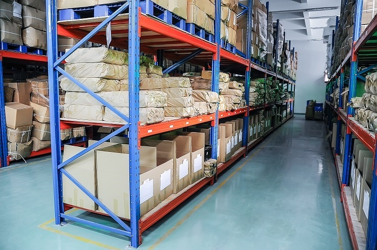 Optimizing warehouse space management