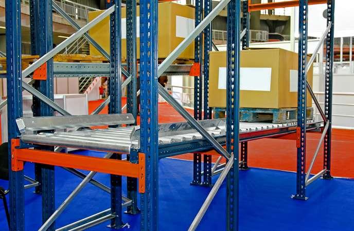 Warehouse Racking System - Pallet Flow