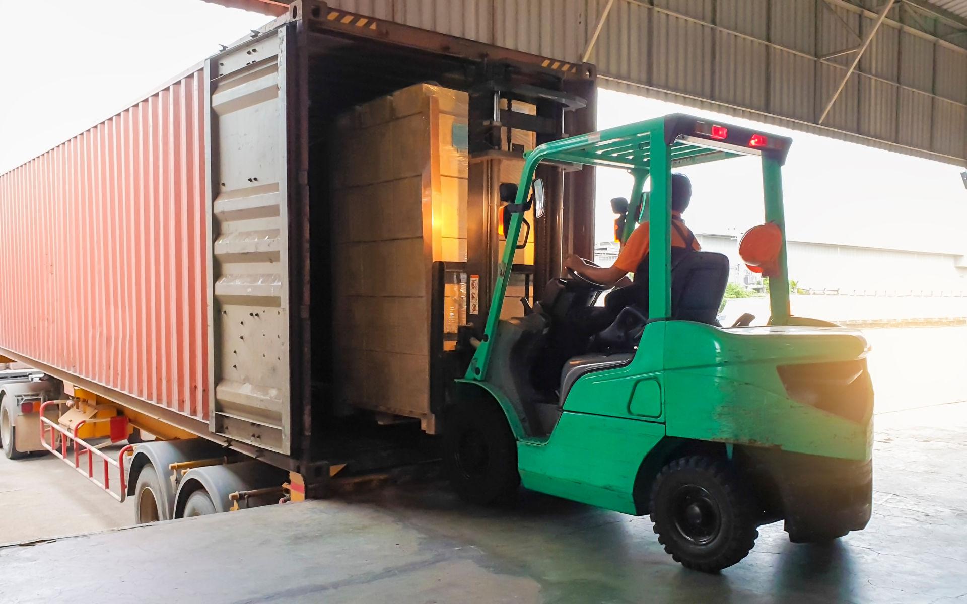 Warehouse Equipment - Docking