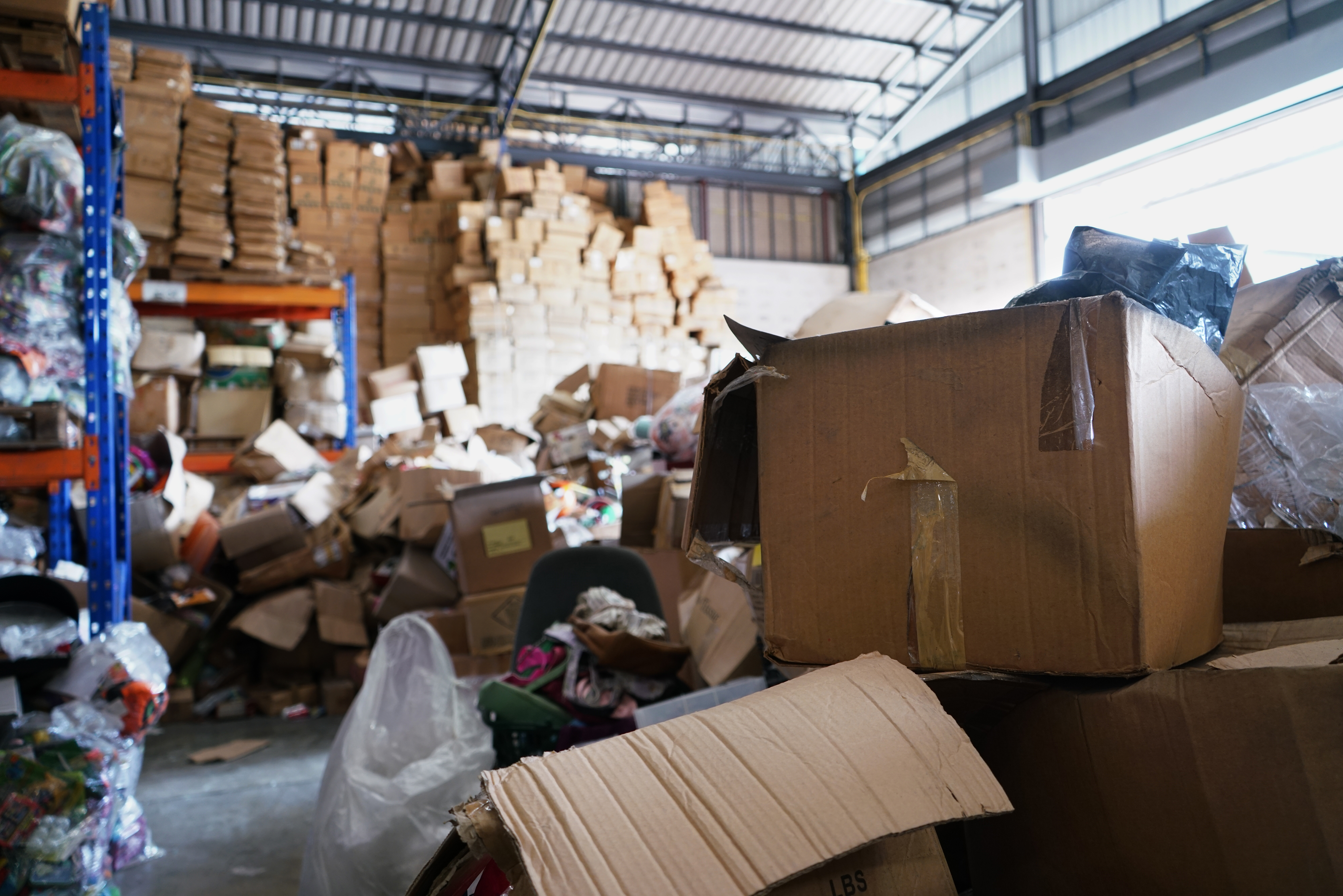 Warehouse Theft - Unorganized and Untidy