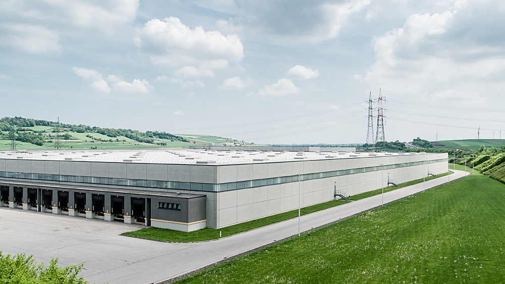 Choosing a Warehouse Location: 7 Critical Criteria to Consider