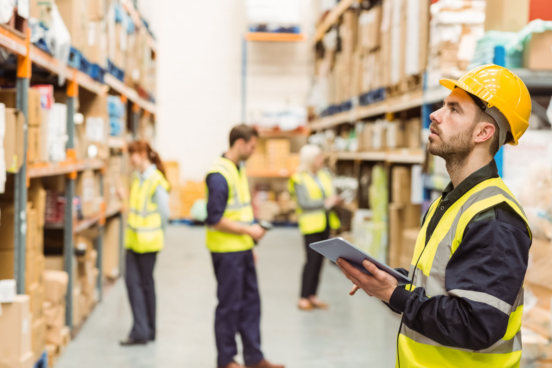 Top 24 Warehouse KPIs You Must Be Tracking