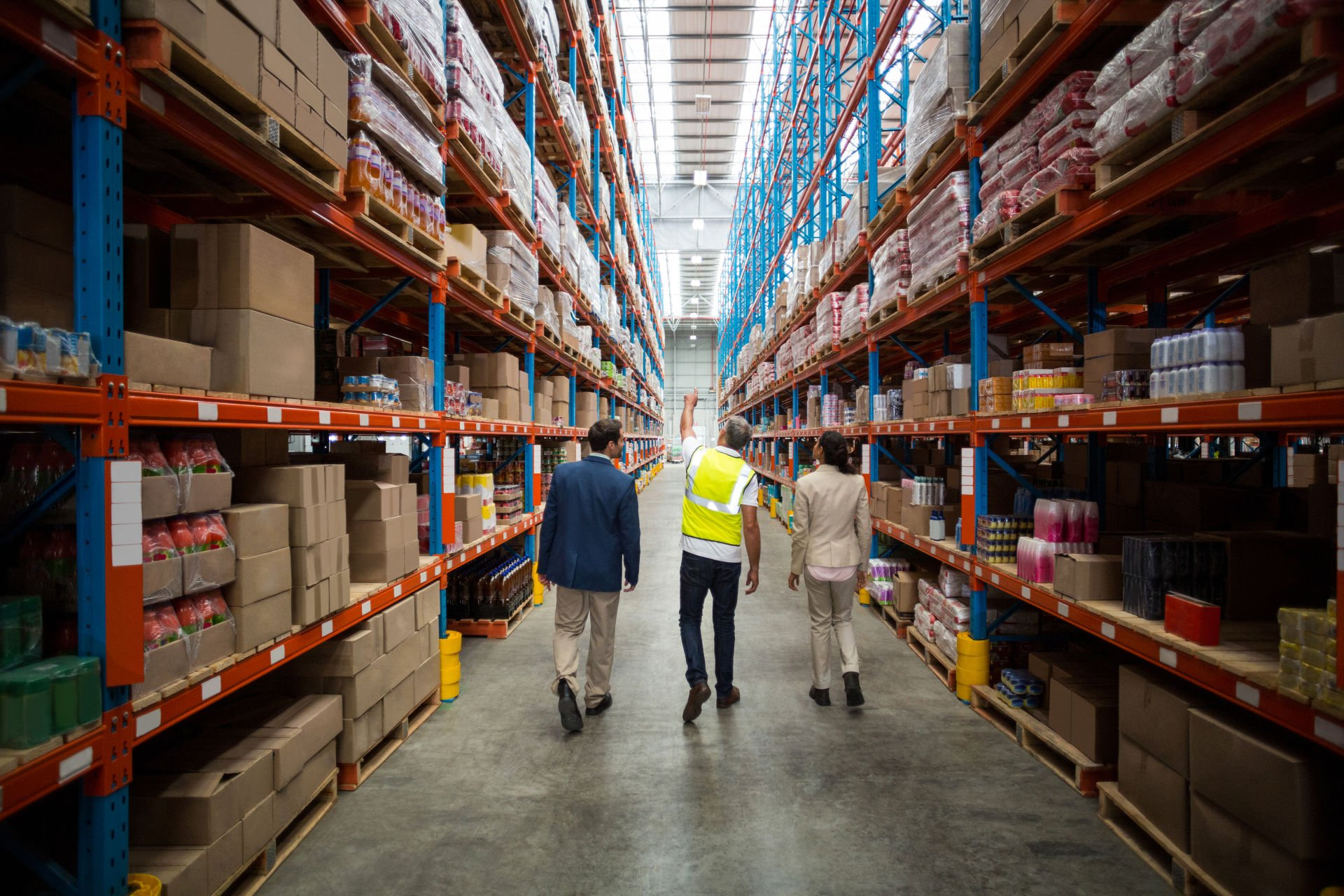 9 Scary Challenges a Warehouse Manager Faces Every Day